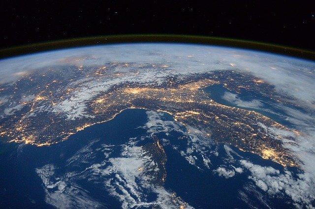 Lapisan Ozon Perlahan Menutup, Tanda Bumi Mulai Pulih