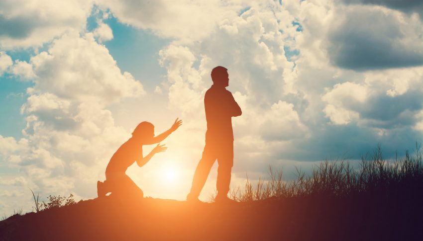 Tips Meminta Maaf Kepada Pacar yang Sudah Kecewa