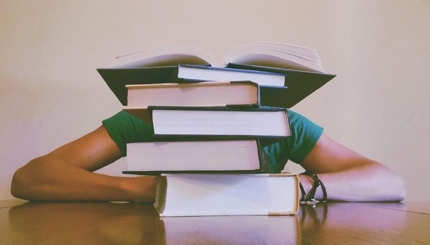 Perbedaan Istilah di Kuliah dan SMA/SMK yang Harus Kamu Ketahui!