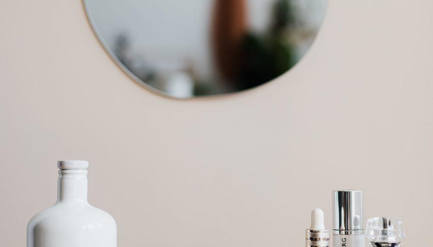 Skincare-an dengan Niacinamide? Berikut Manfaatnya untuk Kulit